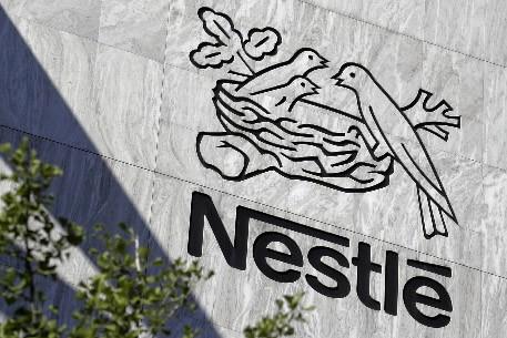 Le logo de la compagnie Nestlé... (Photo: AFP)