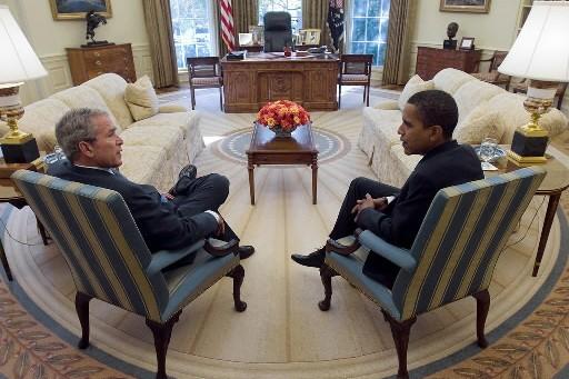 George W. Bush et Barack Obama... (Photo: AP)