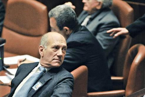 Ehud Olmert... (Photo: Bloomberg)