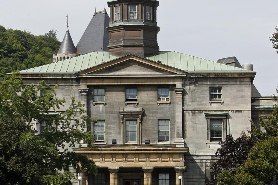 Québec devrait créer une commission des universités en... (Archives La Presse)