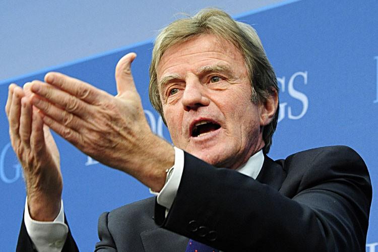 Bernard Kouchner... (Photo: AFP)