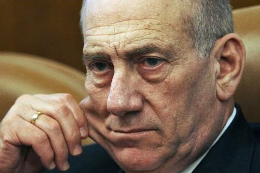 Ehud Olmert... (Photo: AP)