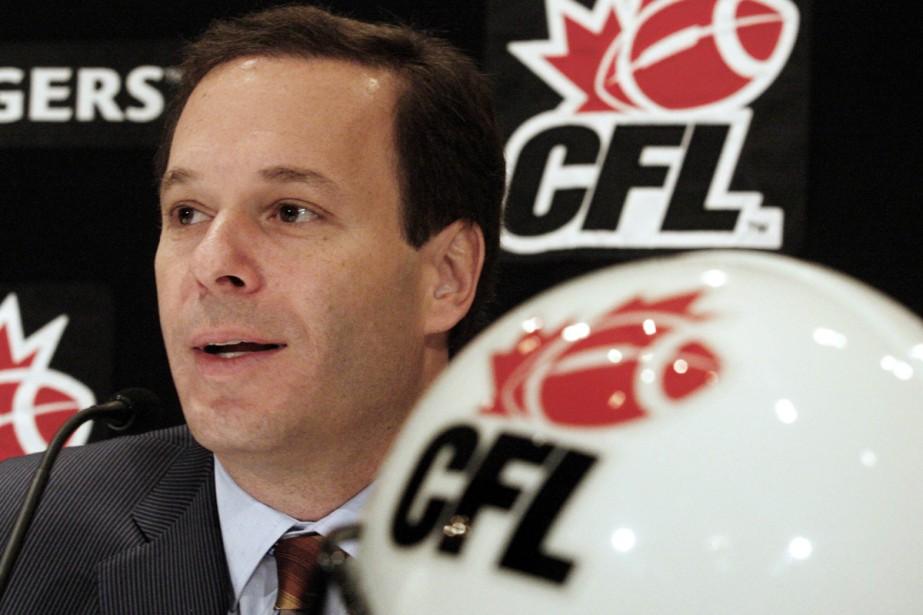 Le commissaire de la LCF, Mark Cohon... (Photo: Reuters)