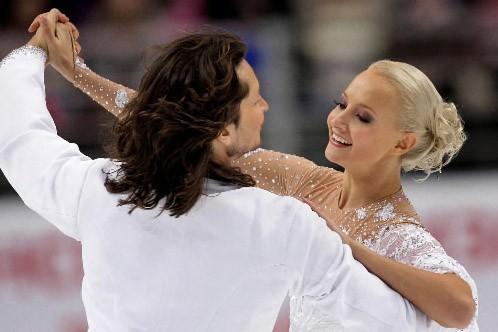 Les Russes Oksana Domnina et Maxim Shabalin... (Photo: AP)