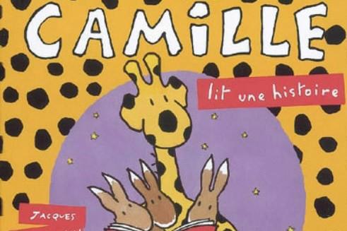 Le libre Camille lit une histoire...
