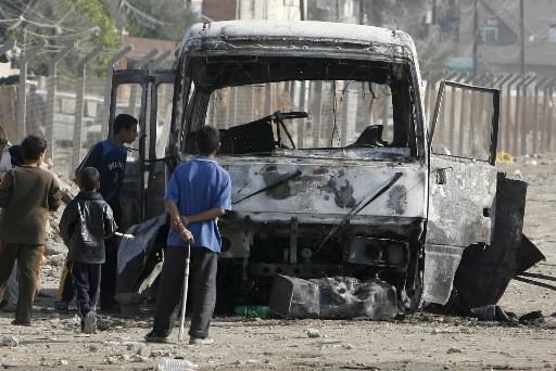 Trois attentats ont fait au moins 17 morts et 25 blessés,... (Photo: Reuters)