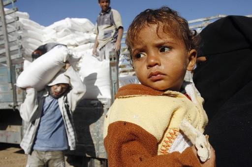 Israël a autorisé lundi la livraison de denrées de première... (Photo: Reuters)
