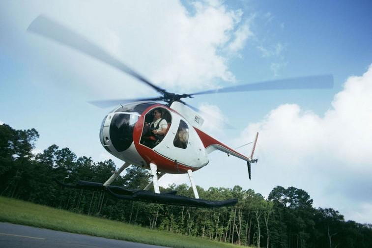 La Suède va déployer les grands moyens, en utilisant des hélicoptères pour...