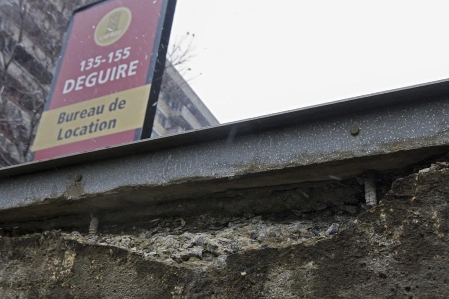 Les résidants de l'immeuble où... (Photo: Ivanoh Demers, La Presse)