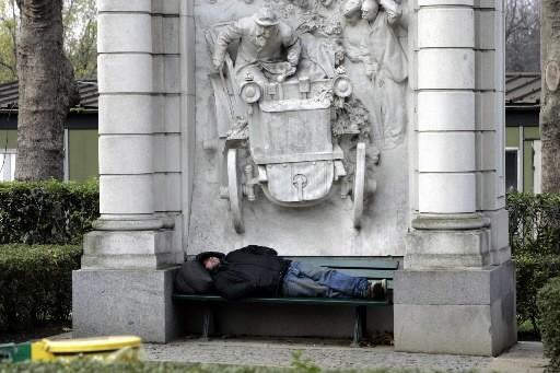 Un sans-abri en France.... (Photo: AP)