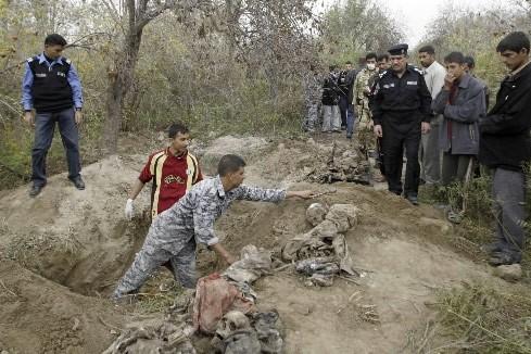 Les autorités irakiennes ont découvert au nord de Bagdad... (Photo: Reuters)