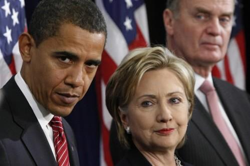 Barack Obama et Hillary Clinton... (Photo: AP)