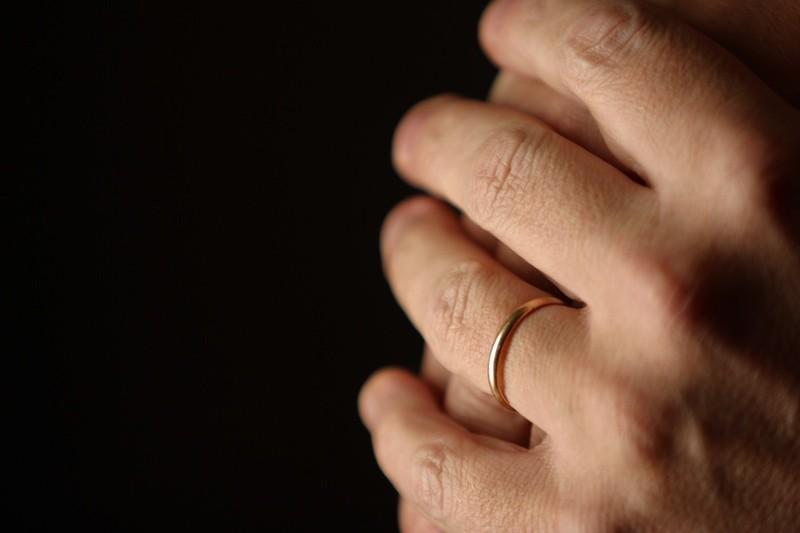 Azad ne peut oublier ce jour de septembre 2005, où il a célébré son mariage à...