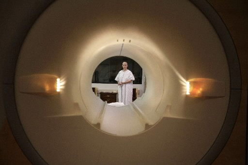 Imaginez-vous assis toute la journée à lire des scanners ou... (Photo: Reuters)