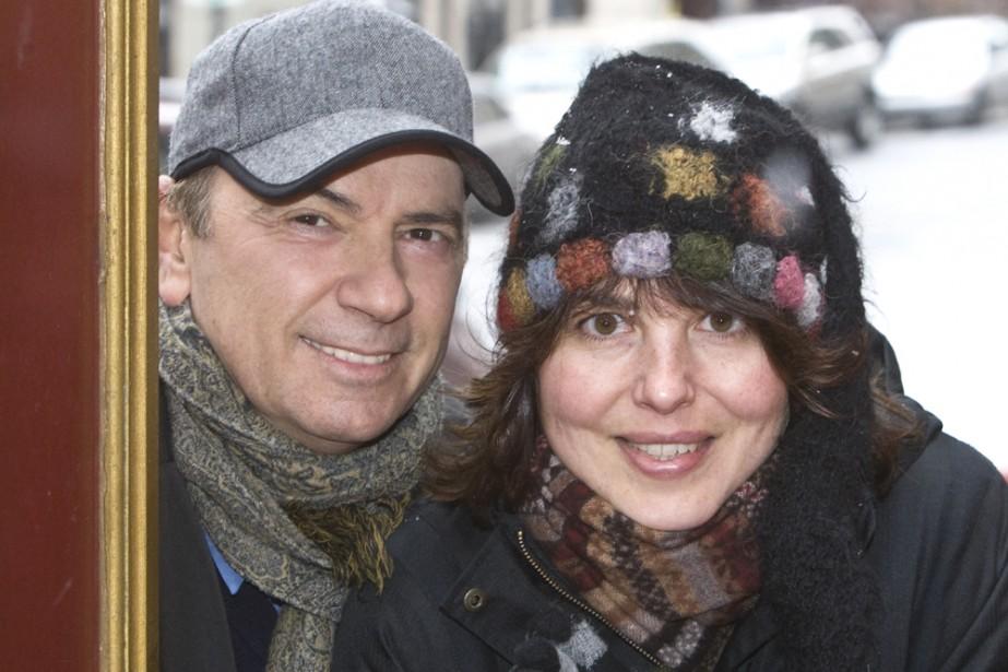 Les auteurs et journalistes André Ducharme et Josée... (Photo: Rémi Lemée, La Presse)