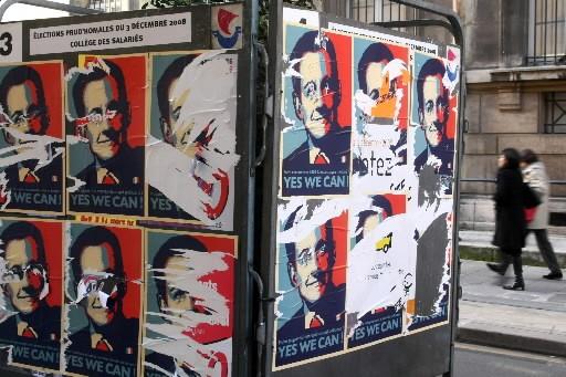 Des pancartes de Sarkozy à la Obama placardées... (Photo: AFP)