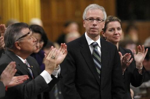 Le chef du Parti libéral, Stéphane Dion, s'élève fermement,... (Photo: Reuters)