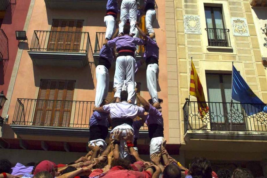 Des tours humaines hautes comme des maisons. Pas... (Photo: Bruno Bernardin)