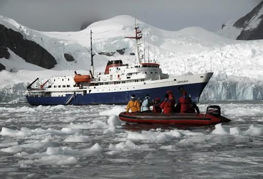 Le navire de croisière Ushuaia lors d'une croisière... (Photo: Reuters)