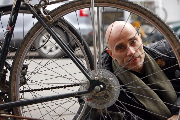 Acteur au physique atypique, séducteur en... (Photo: Robert Mailloux, La Presse)
