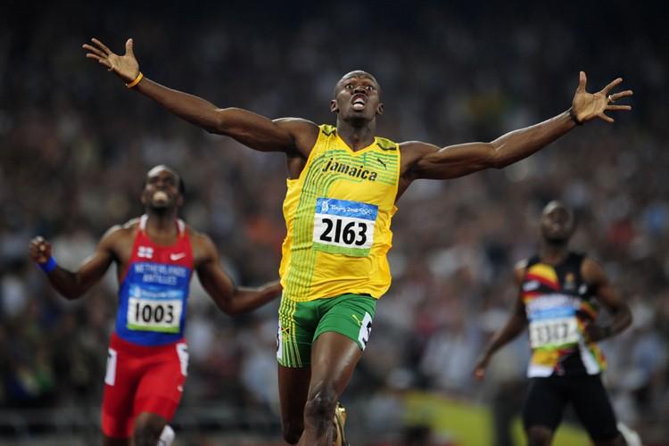 Le sprinteur jamaïcain Usain Bolt, double champion olympique... (Photo: Reuters)