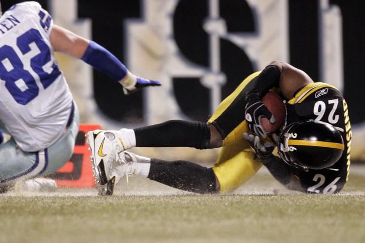 Deshea Townsend a ramené une interception sur 26 verges... (Photo: Reuters)