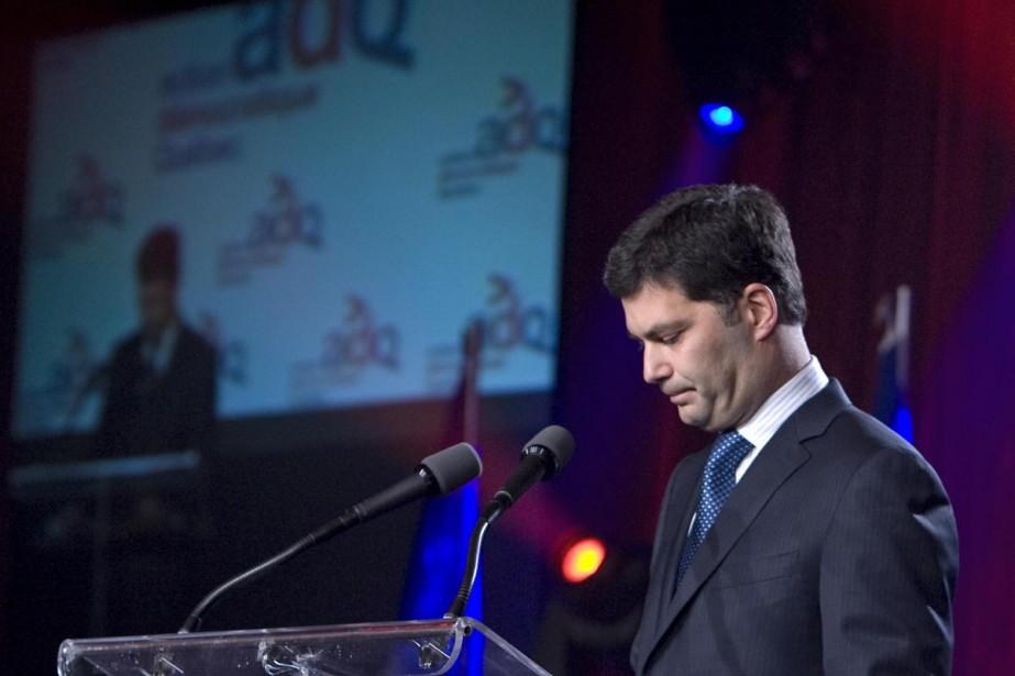 Après la cuisante défaite de son parti,... (Photo: Alain Roberge, La Presse)