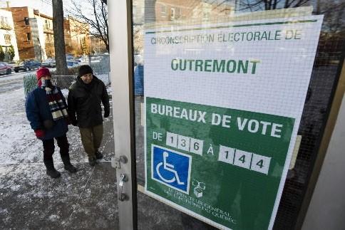 Le froid de lundi, jour de vote, n'est... (Photo: AFP)