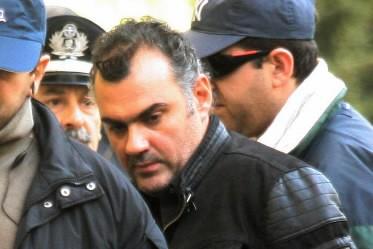 Le policier grec qui avait tué un lycéen... (Photo: AP)