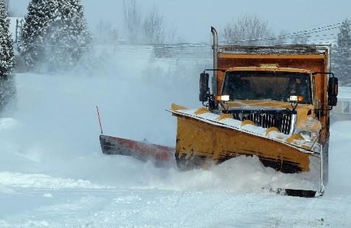 Trois jours après la première bordée de neige de la saison, les opérations de...