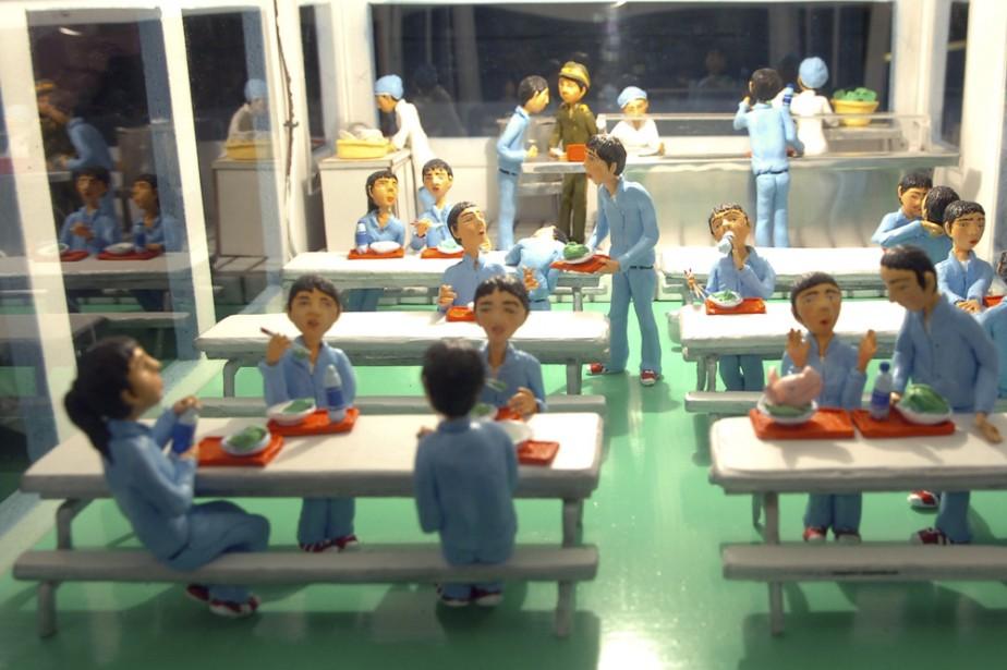 Les centaines de figurines en plasticine de Karine... (Photo: André Tremblay, La Presse)