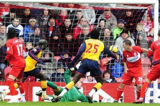 Emmanuel Adebayor compte un but face à Middlesbrough.... (Photo: Reuters)