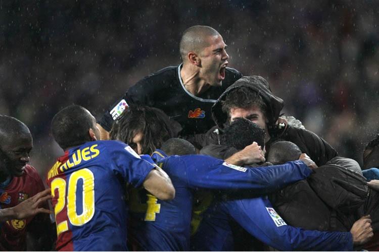 Le FC Barcelone a longtemps buté sur un tenace Real Madrid samedi... (Photo: AP)