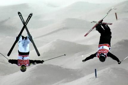 La saison de Coupe du monde de ski acrobatique s'ouvre jeudi à... (Photo: AP)