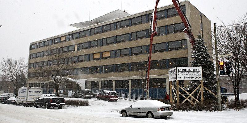 La transformation de l'ancien hôpital Bellechasse, dans l'arrondissement... (Photo Rémi Lemée, La Presse)