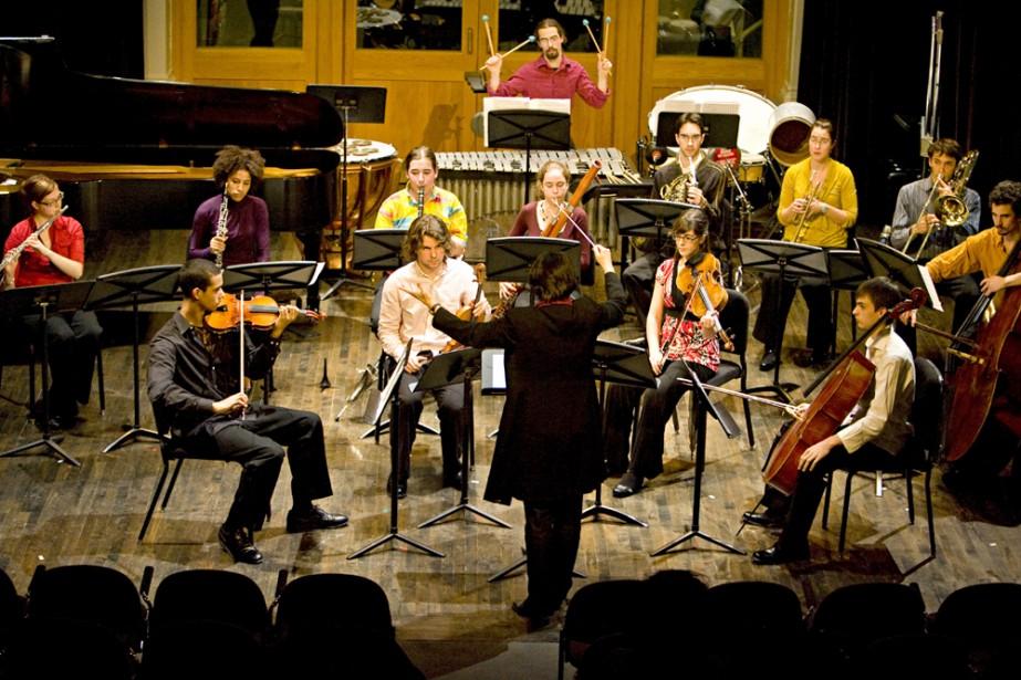 L'Ensemble Musique Avenir et son chef Véronique Lacroix... (Photo: François Roy, La Presse)