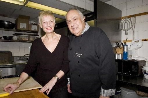 Guy et Dodo Morali dans les cuisines de... (Photo: Armand Trottier, La Presse)