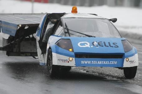 Le Solartaxi... (Photo: Reuters)