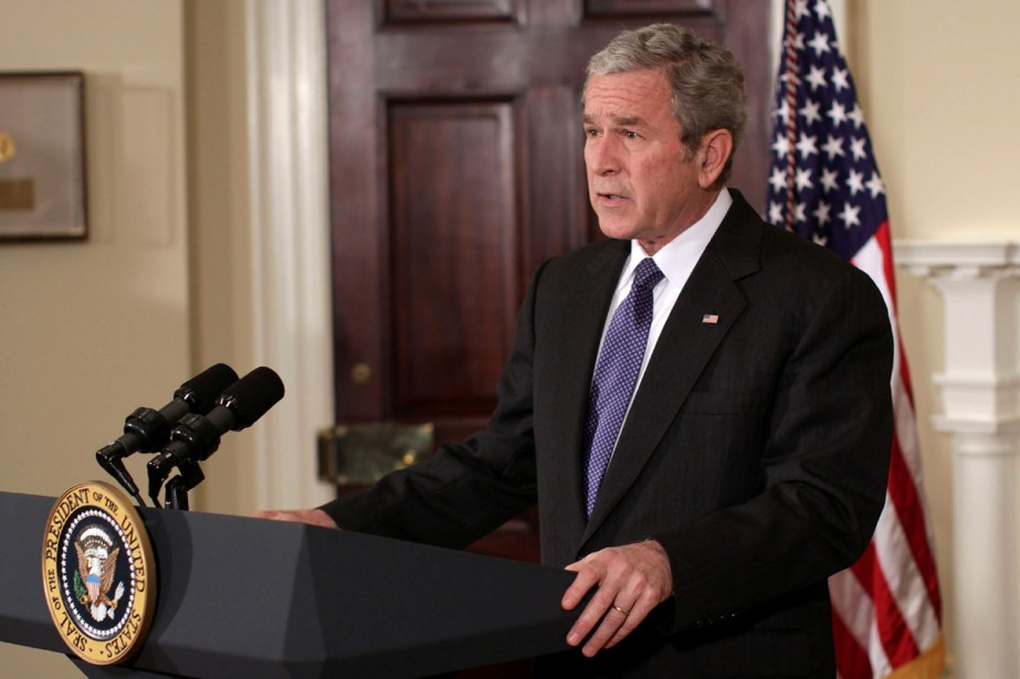 George W. Bush devrait à nouveau se servir de son droit... (Photo Bloomberg News)