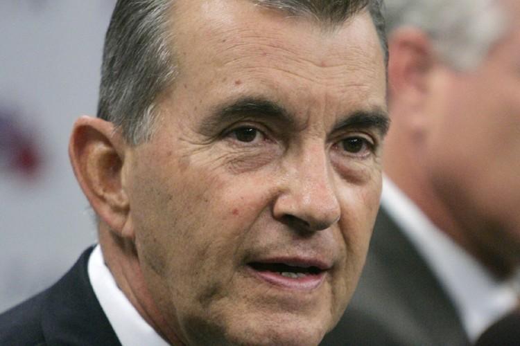 Le président des Braves d'Atlanta, John Schuerholz... (Photo: AP)