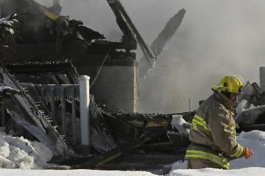 Trois personnes sont mortes dans un incendie à... (Photo: David Boily, La Presse)