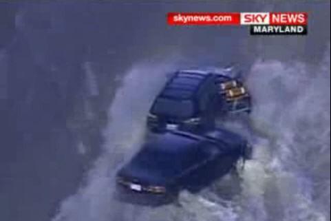 Une énorme canalisation a éclaté mardi matin dans la banlieue de Washington,...