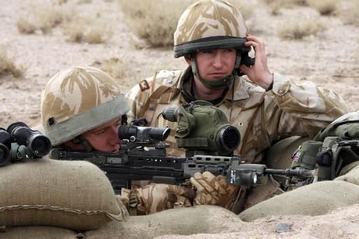 Des soldats britanniques... (Photo: AFP)
