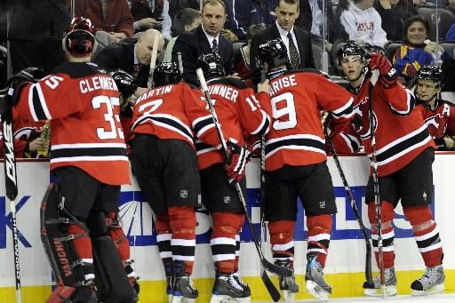 L'entraîneur des Devils du New Jersay, John MacLean,... (Photo: Reuters)