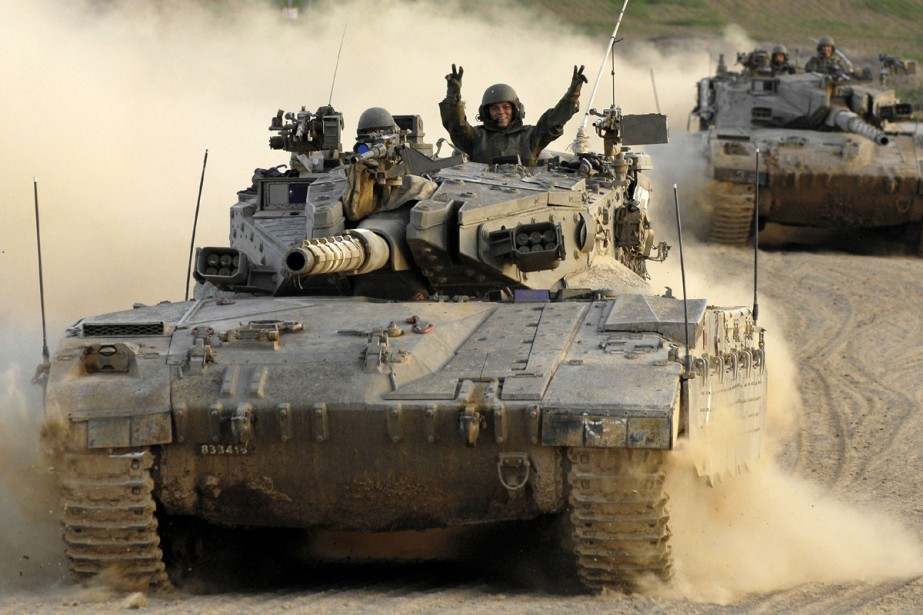 Israël a menacé mercredi de riposter aux tirs de roquettes et... (Photo: Reuters)
