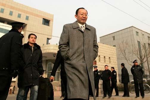 Zhang Qinglong, l'avocat du producteur clandestin Zhang Yujun....