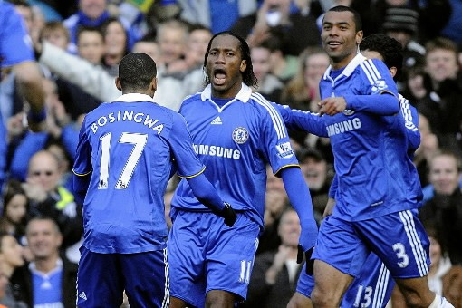Les joueurs de Chelsea célèbrent.... (Photo: AP)
