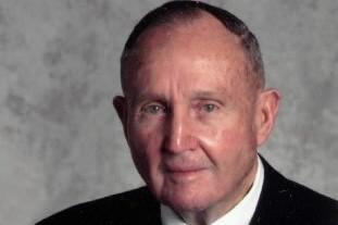 Alvah  H.  Chapman  Jr... (Photo: AP)