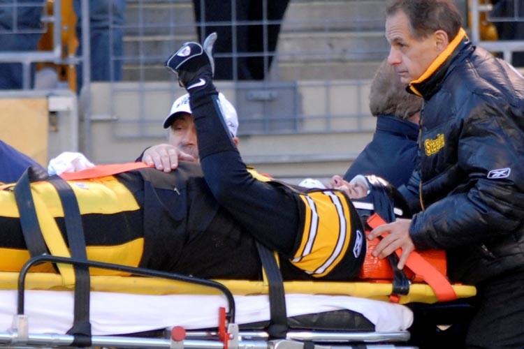 Ben Roethlisberger a levé le pouce à l'intention... (Photo: AP)