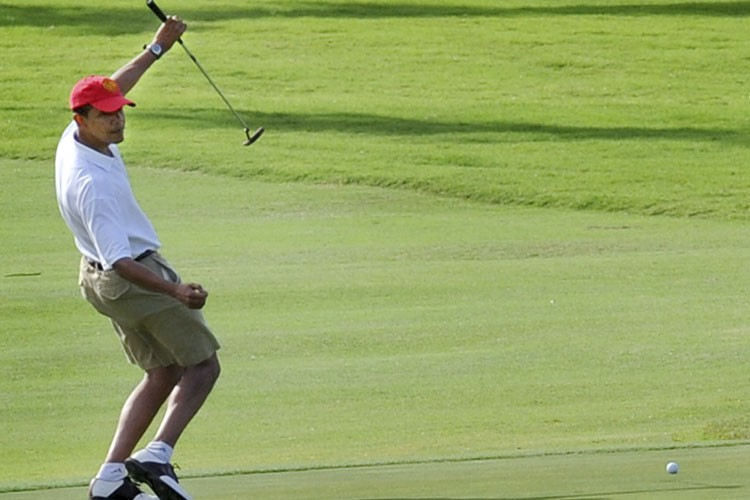 Le président américain désigné Barack Obama, en vacances... (Photo: AFP)